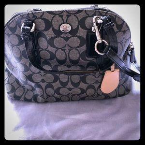 Coach monogram hobo bag black & Gray